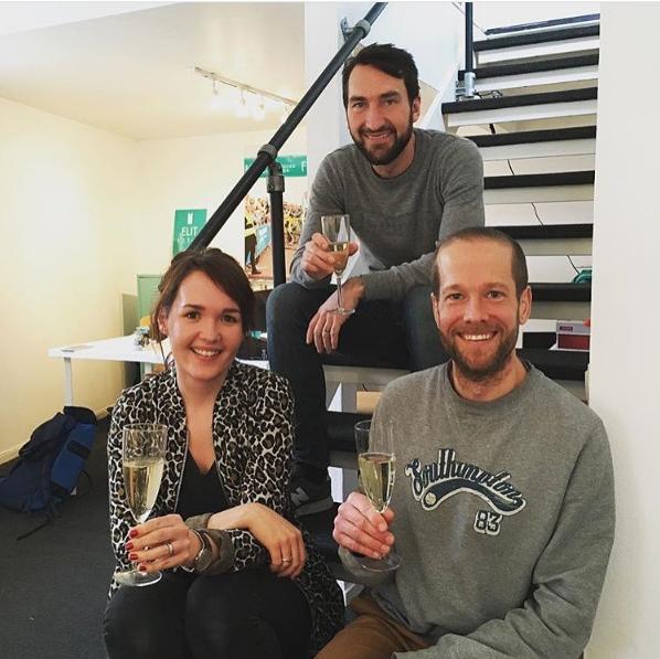 Årtes bästa beslut 2016 - att flytta ihop på nytt kontor med Lisa och David bakom kameran). OCH att ha en proseccofredag, man måste ha kul på jobbet